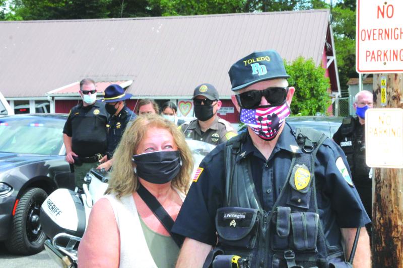 Toledo police officer recognized, Randy Pennington Day proclaimed