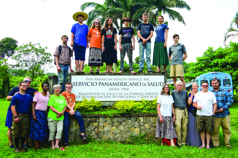 Photo by Douglas from Pan American Health Services - The Mission Creek group was joined by several others across the US from North Carolina to Nebraska to Dallas and Oregon on their spring trip to Honduras. They did not make their yearly trip to Peru due